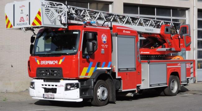"Ladderwagen 30 meter met geïntegreerde knikarm ""Single Extension"" HVZ Liège 2 – Poste Liège"